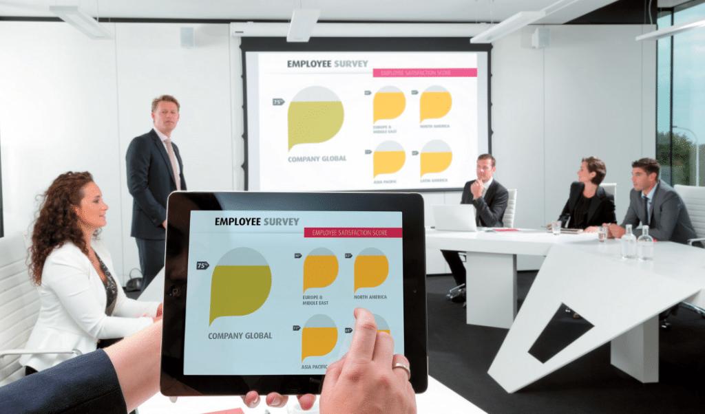 Tablets als Datenquelle bei Konferenzen und Präsentationen – wireless angebunden durch BYOD-Präsenter (hier: ClickShare)