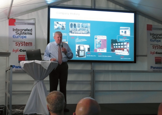 Barco CEO Eric van Zele bei seiner Keynote-Speech