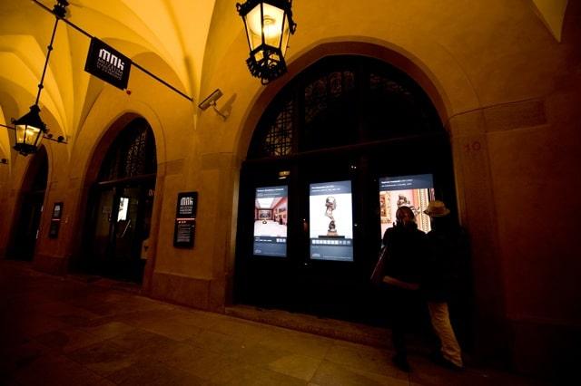 Schaufenster mit friendlyway Displays