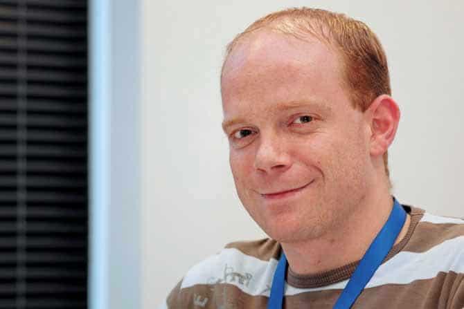 Alexander Rick betreut die Medientechnik im neuen HSZ im Auftrag der Universität.