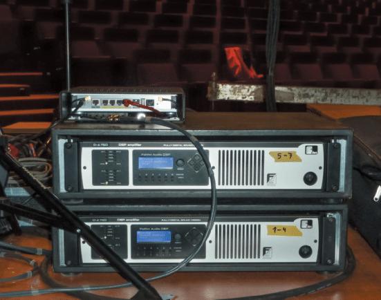 Amp-Rack-von-Fohhn-mit-den-beiden-DSP-Endstufen-D-4.750