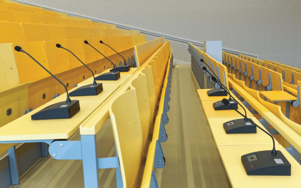 hörsaalzentrum-der-universität-kassel-sprechstellen