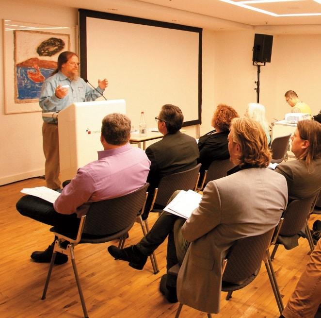 Hochkarätige Fachleute referieren in den Seminaren