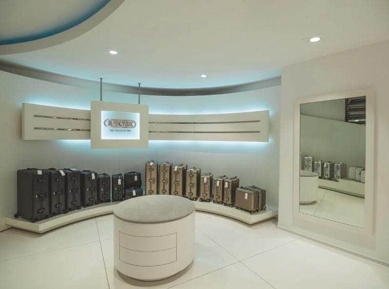 shopbeleuchtung-im-rimowa-store-4
