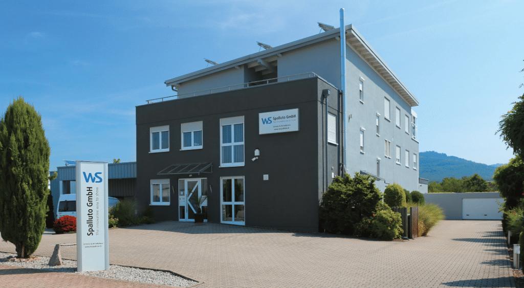 1999 bezog die Firma den heutigen Firmensitz in Bischweier in Baden-Württemberg.
