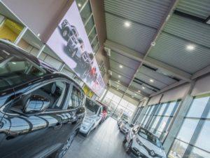 LED-Videowall im Autohaus