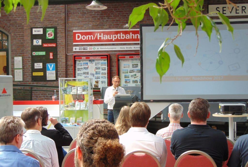 Eröffnung AV-Solution Partner Roadshow Session in Köln