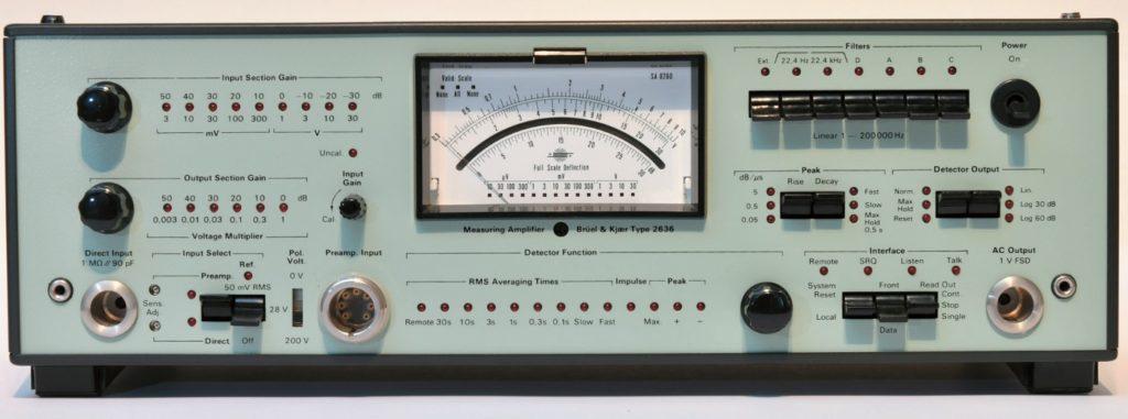 Ein Klassiker als Labormessverstärker: Der B&K 2636 mit verschiedenen Bewertungsfiltern und Zeitkonstanten (Bewertung im Zeitbereich)