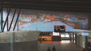 Flughafen Bergen mit Videoprojektion