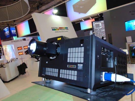 Digital Projection 8K Beamer