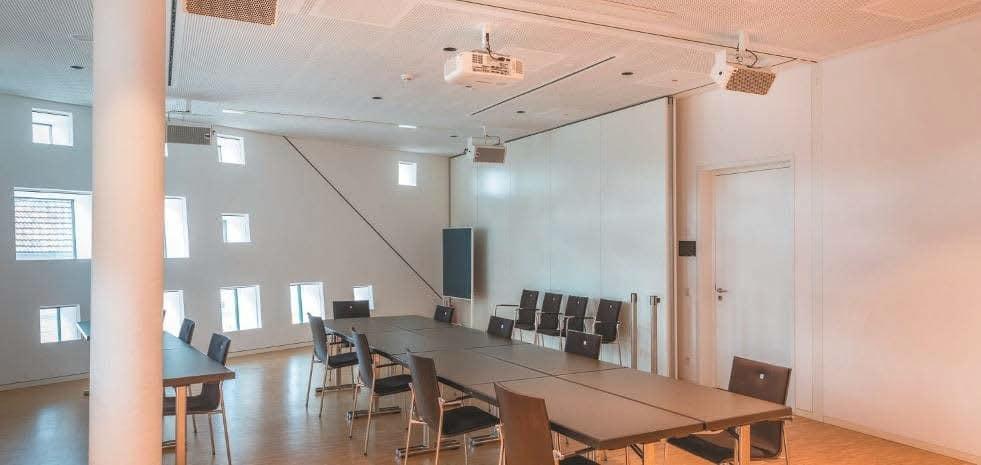 Ein Multifunktionsraum im Obergeschoss der kING