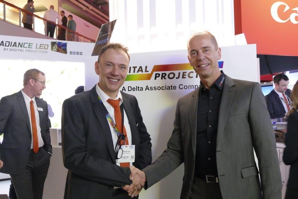 Andreas Voss (li) und Carsten Steinecker (re) auf der ISE 2018