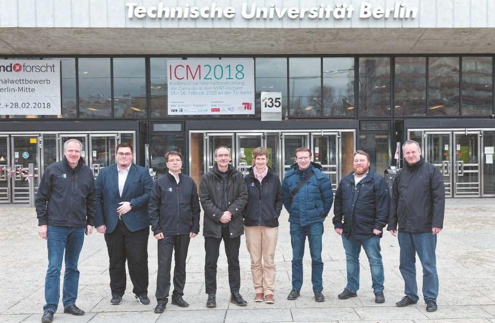 von links: Ingo Nolte (PIK), Sebastian Mensing (macom), Andreas Eckhardt (PIK), Bernhard Müller (MMT), Silvia Weise (PIK), Michael Flachsel (tubIT), Dr. Dirk Heinrich (innoCampus) und Christoph Moldrzyk (TU Berlin)