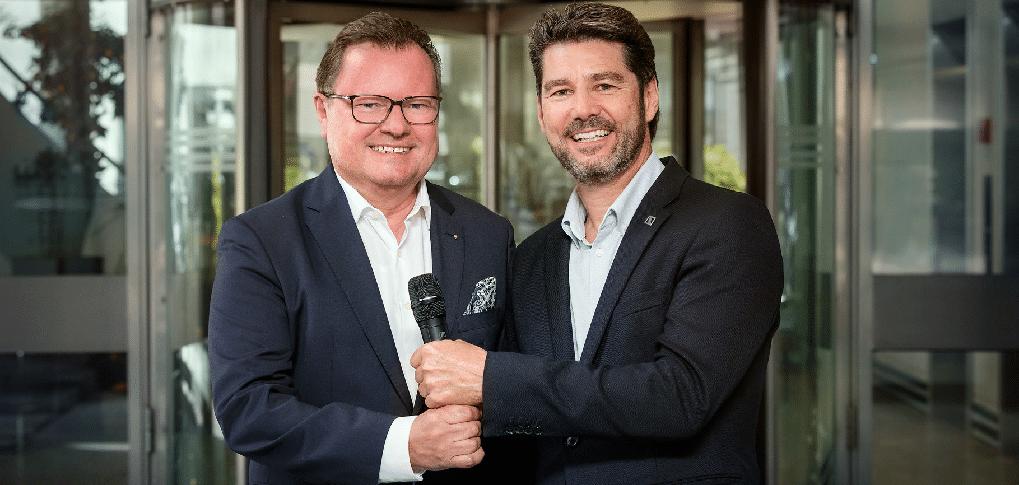 Willy Günther (VRP Dr. W.A. Günther AG) und Marc Staubli (Sales Director Sennheiser)