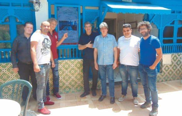 Achim Hannemann und sein SafSaf-Team