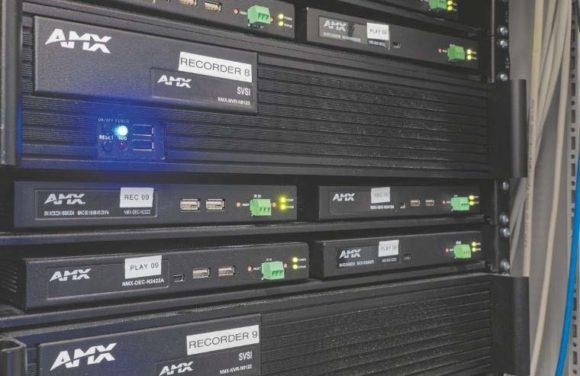Digitale Videorecorder (AMX NMX-NVR-N6123) und SVSI-Encoder und 0-Decoder
