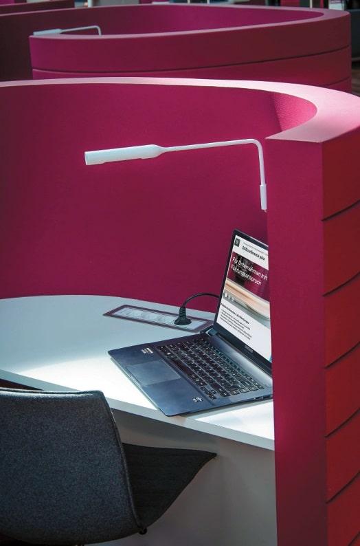 DUSconference plus mehrere Plug-In Workstations als Rückzugsmöglichkeit
