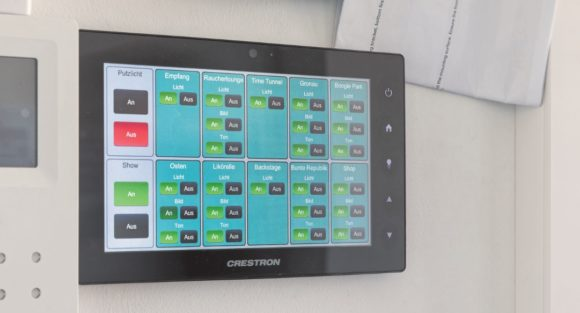 Crestron Touchpanel, Digital Reality in der PANIK CITY