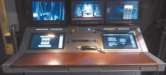 Adunas Touch Panels