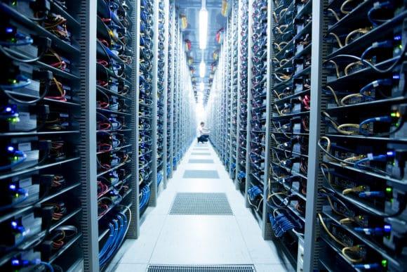 Servertechnik im Rechenzentrum der Hetzner Online GmbH
