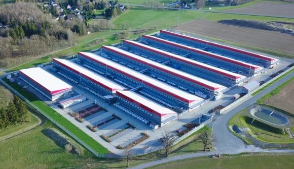 Datacenter-Park Falkenstein/Vogtland der Hetzner Online GmbH mit mehr als 200.000 Servern