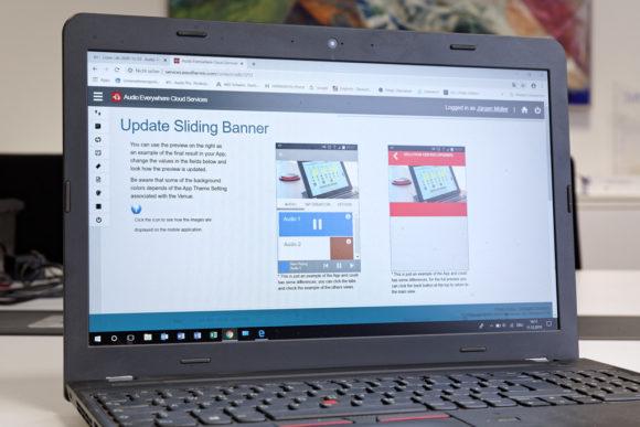 Zugang zur Programm-Cloud über einen Laptop