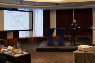 Dipl.-Ing. Wolfgang Frey stellte auf dem Deutschen Architektenkongress das Projekt Smart Green Tower vor.