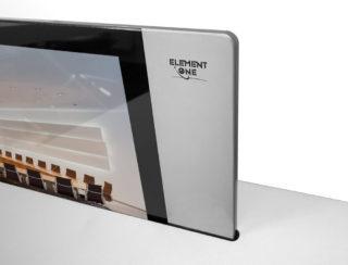 Der 8 mm-Monitor der Blade-Serie verbindet schlankes Design mit edlem Erscheinungsbild.