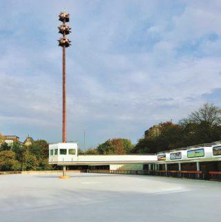 Bei der Installation des neuen Beschallungssystems wurden die strengen Vorgaben des Denkmalschutzes berücksichtigt.