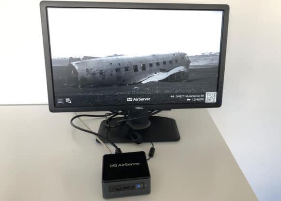 Bildschirm mit angeschlossenem AirServer