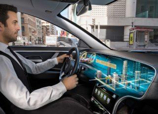 Anwendungsbeispiel für Displaytechnologien im Auto