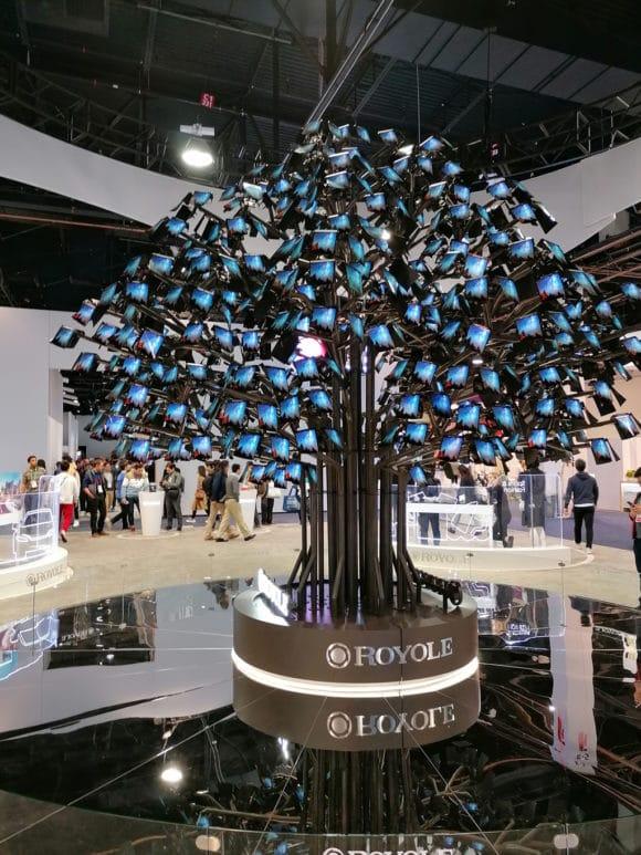 Baums aus dünnen, biegsamen Displays
