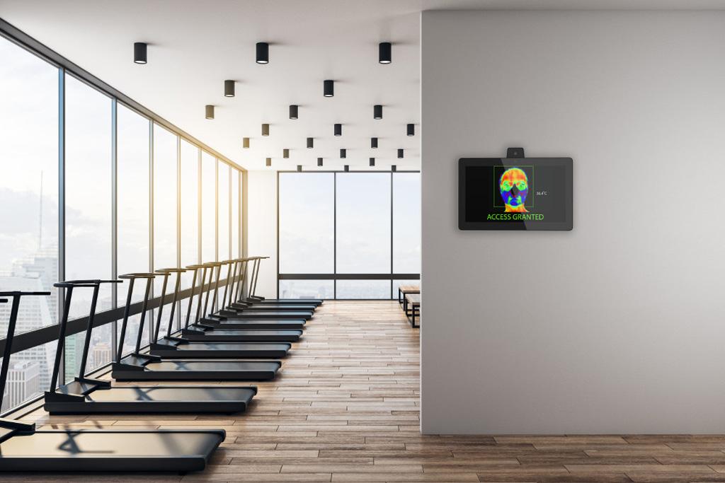 Tauri System vor einem Fitnessstudio