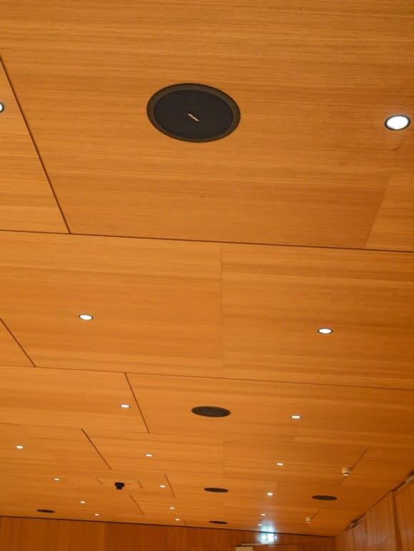 Tauberphilharmonie Bose DS40SE-Lautsprecher