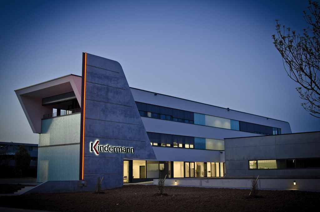 Aktuelles Kindermann Firmengebäude